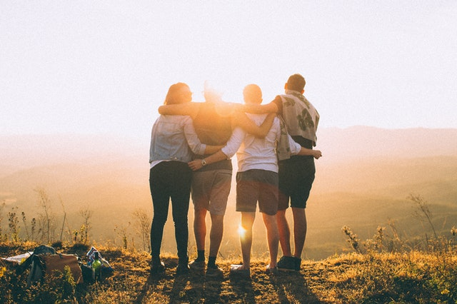 5 KEY COMPONENTS TO LIFELONG FRIENDSHIPS